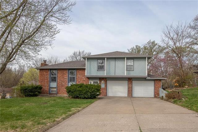 9721 NW Overhill Drive, Parkville, MO 64152 (#2151502) :: Edie Waters Network