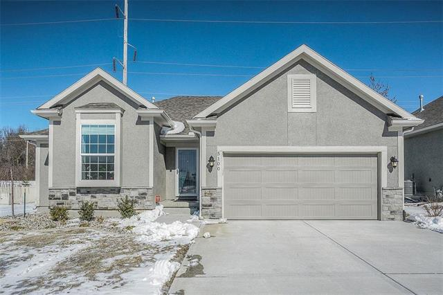 5100 SW Marguerite Street, Blue Springs, MO 64015 (#2151506) :: House of Couse Group