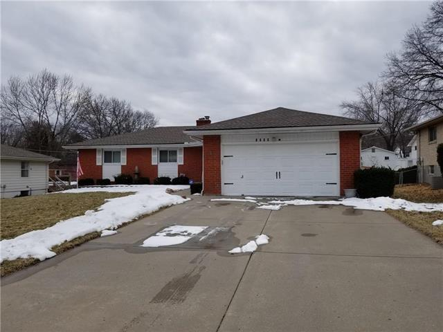 1709 NE 68th Place, Gladstone, MO 64118 (#2151631) :: House of Couse Group