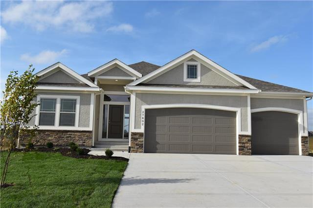 27821 E 133rd Street, Lee's Summit, MO 64086 (#2151636) :: House of Couse Group