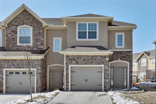 15868 Valley View Drive, Overland Park, KS 66223 (#2151742) :: The Shannon Lyon Group - ReeceNichols