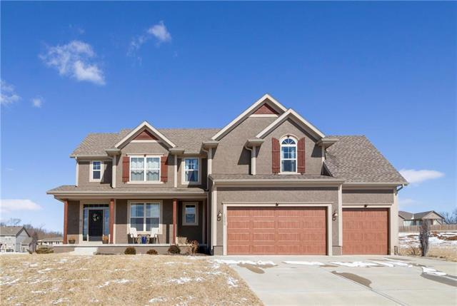 15290 Bradfort Court, Basehor, KS 66007 (#2151926) :: House of Couse Group
