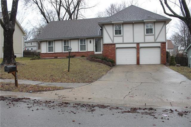 4806 NW 80th Terrace, Kansas City, MO 64151 (#2152163) :: The Gunselman Team