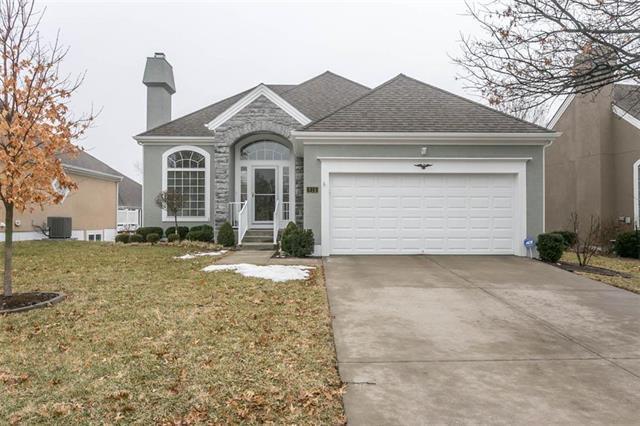 815 W 133rd Court, Kansas City, MO 64145 (#2152247) :: No Borders Real Estate