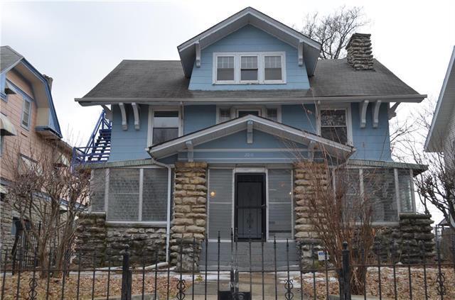2611 Lockridge Street, Kansas City, MO 64128 (#2152331) :: House of Couse Group