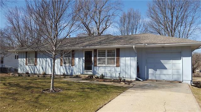 6020 Caenen Street, Shawnee, KS 66216 (#2152470) :: House of Couse Group