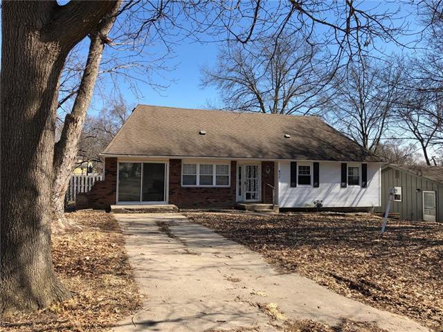 837 N 84th Street, Kansas City, KS 66112 (#2152474) :: House of Couse Group