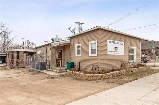 300 S Market Street, Holden, MO 64040 (#2152550) :: House of Couse Group