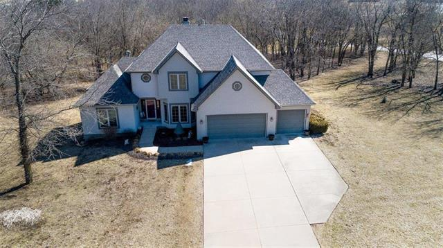 4208 SE Willow Ridge Drive, Blue Springs, MO 64014 (#2152720) :: No Borders Real Estate