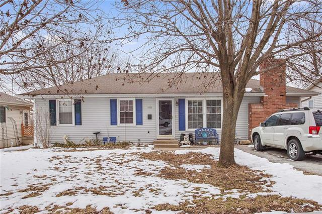3801 N Union Street, Independence, MO 64050 (#2152795) :: House of Couse Group