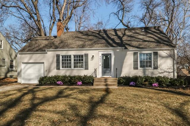 4622 W 69th Terrace, Prairie Village, KS 66208 (#2152908) :: House of Couse Group