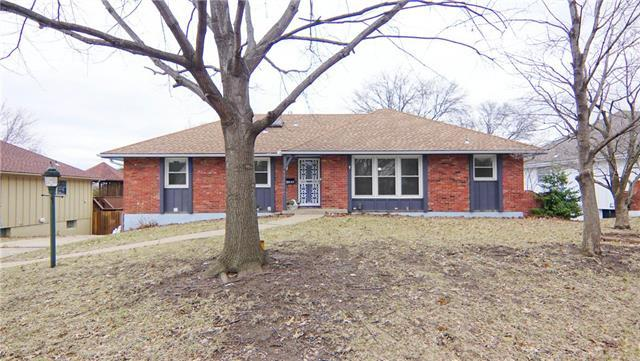14900 E 34th Street, Independence, MO 64055 (#2152920) :: Ask Cathy Marketing Group, LLC