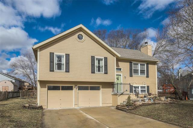 1400 Allendale Drive, Greenwood, MO 64034 (#2152922) :: House of Couse Group