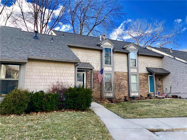 12328 W 79th Terrace, Lenexa, KS 66215 (#2152948) :: Edie Waters Network