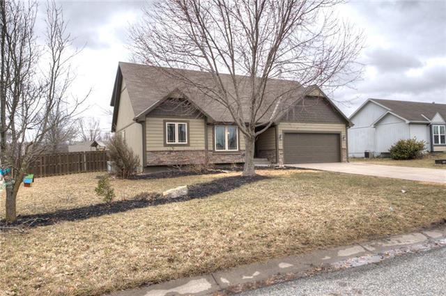 242 Prairie Lane, Wellsville, KS 66092 (#2152989) :: Edie Waters Network