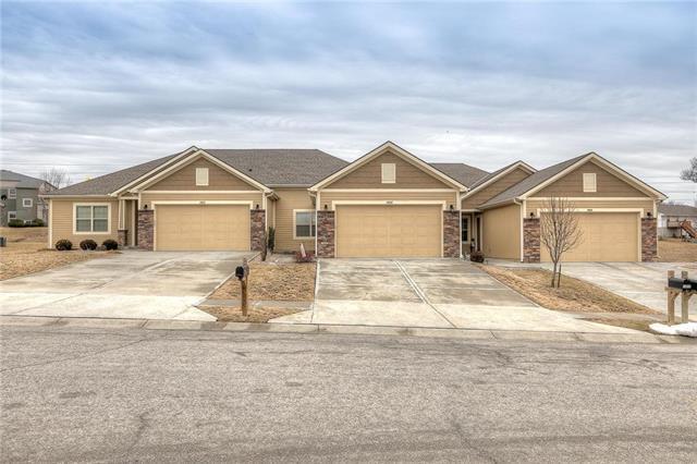 14812 Ashmont Lane, Smithville, MO 64089 (#2153043) :: Kansas City Homes