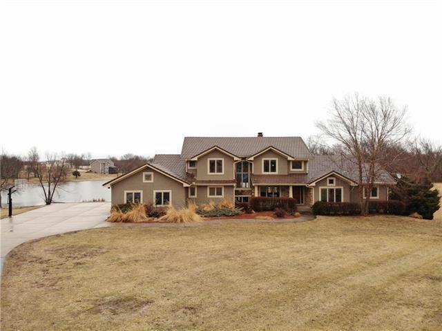 3568 W 223rd Street, Bucyrus, KS 66013 (#2153075) :: Kansas City Homes