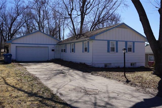715 N Cherokee Street, Independence, MO 64056 (#2153330) :: Edie Waters Network