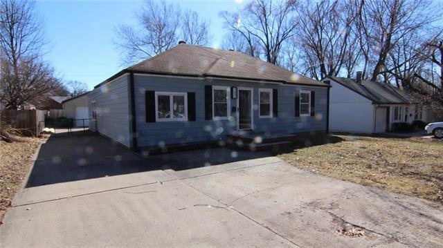 4837 Canterbury Road, Roeland Park, KS 66205 (#2153358) :: House of Couse Group