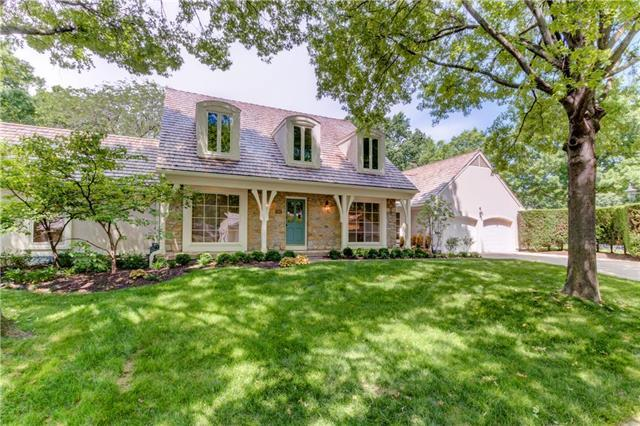7902 Bristol Court, Prairie Village, KS 66208 (#2153396) :: The Shannon Lyon Group - ReeceNichols