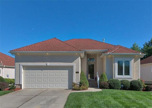 1305 NE Timbercreek Drive, Lee's Summit, MO 64086 (#2153401) :: Kansas City Homes