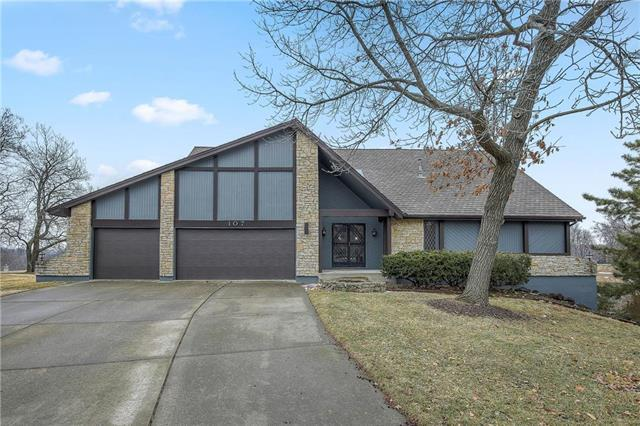 107 NW Ironbark Street, Lee's Summit, MO 64064 (#2153467) :: House of Couse Group