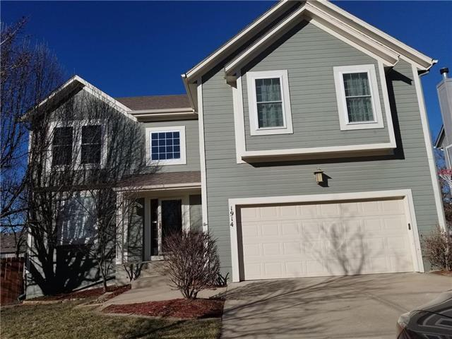 1914 W Kiera Circle, Olathe, KS 66061 (#2153469) :: Eric Craig Real Estate Team