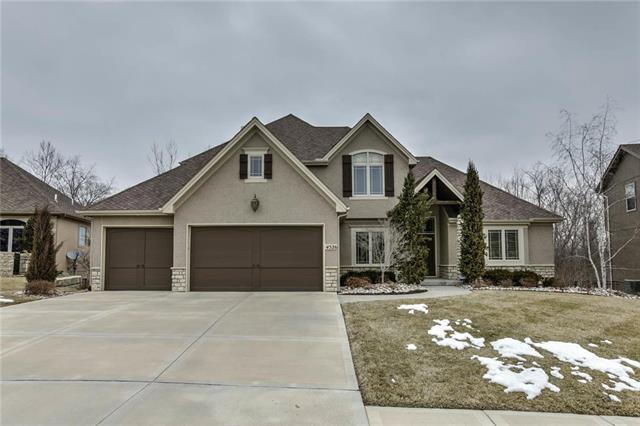 4526 NW Verona Drive, Riverside, MO 64150 (#2153493) :: Kansas City Homes