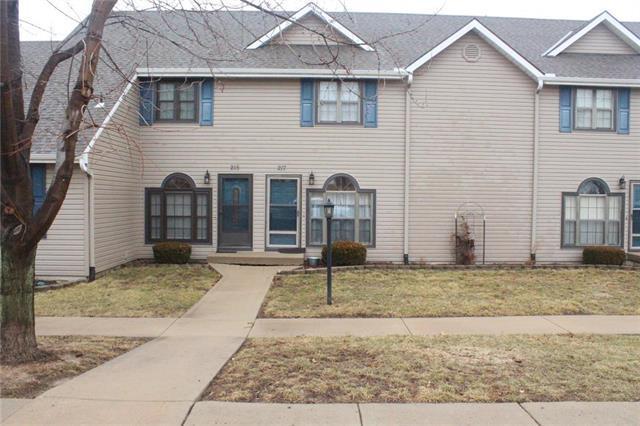 215 Stonebridge Lane, Smithville, MO 64089 (#2153625) :: Kansas City Homes