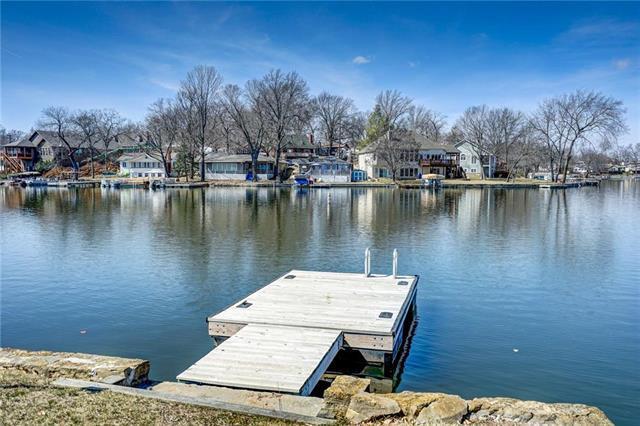 161 Beach Drive, Lake Tapawingo, MO 64015 (#2153726) :: Kansas City Homes
