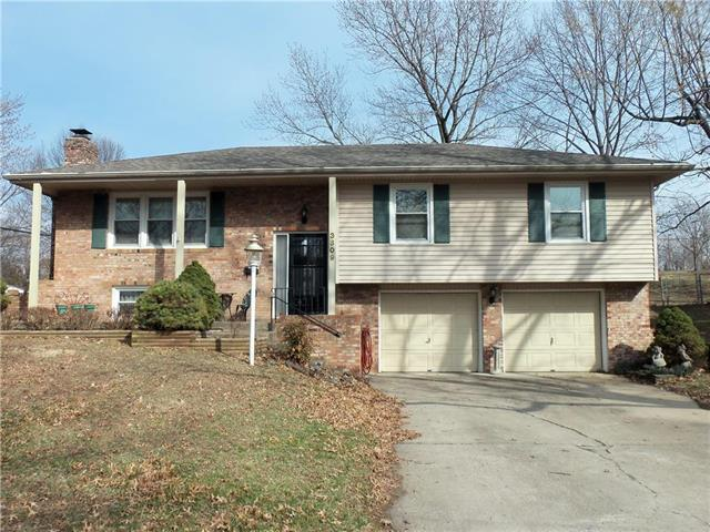 3609 Queen Ridge Drive, Independence, MO 64055 (#2153729) :: Edie Waters Network