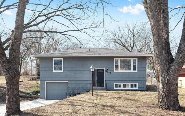 3322 N 58th Street, Kansas City, KS 66104 (#2153777) :: Edie Waters Network