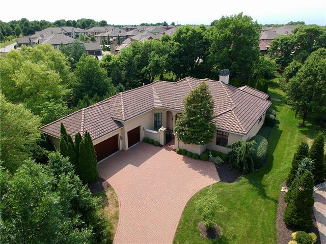 3446 W 138th Terrace, Leawood, KS 66224 (#2153795) :: House of Couse Group
