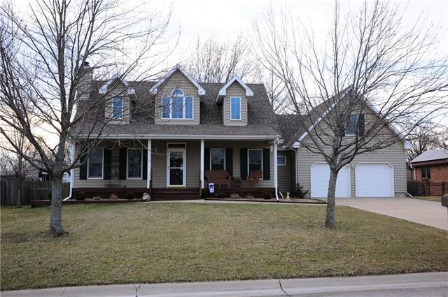 1012 Hilltop Drive, Paola, KS 66071 (#2153819) :: House of Couse Group