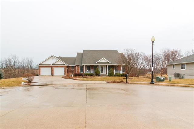 1003 S Cedar Street, Savannah, MO 64485 (#2154066) :: Edie Waters Network