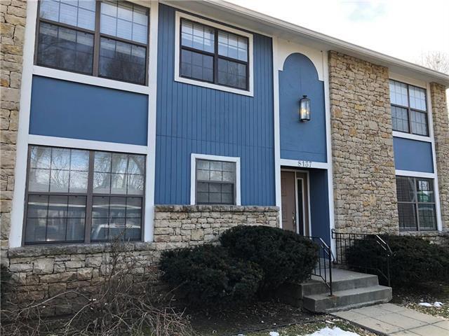 8137 Holmes Road #201, Kansas City, MO 64131 (#2154088) :: Edie Waters Network