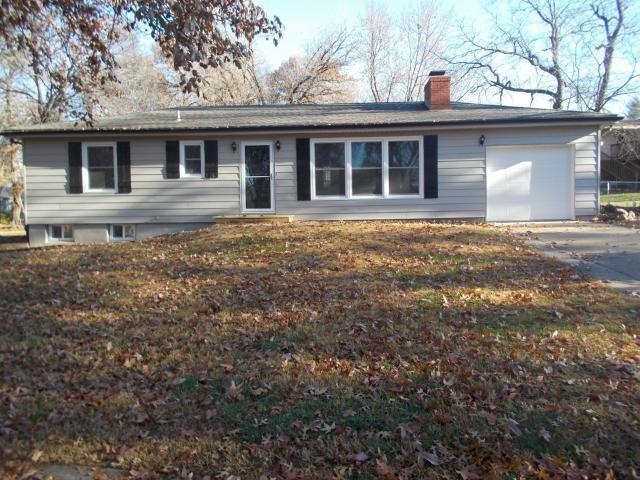 1208 NE 57th Terrace, Gladstone, MO 64118 (#2154152) :: House of Couse Group