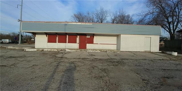 219 W Us Highway 24 Highway, Independence, MO 64050 (#2154213) :: Eric Craig Real Estate Team