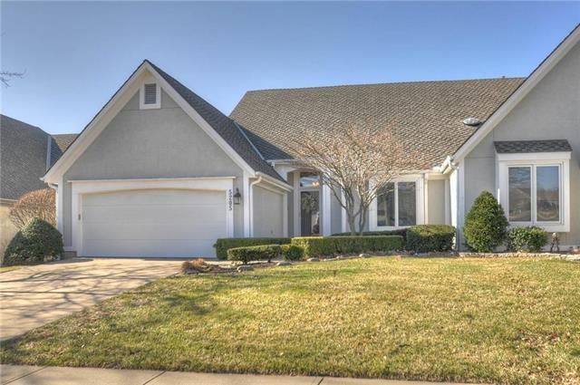 5205 W 122nd Street, Overland Park, KS 66209 (#2154243) :: House of Couse Group