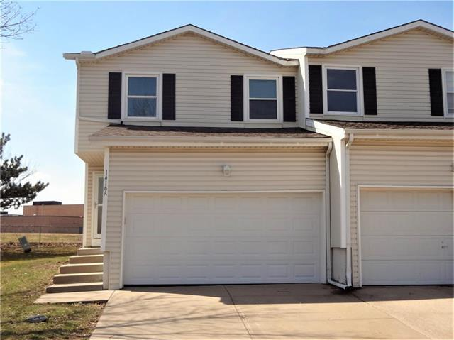 1416 E 125th Terrace A, Olathe, KS 66061 (#2154278) :: House of Couse Group