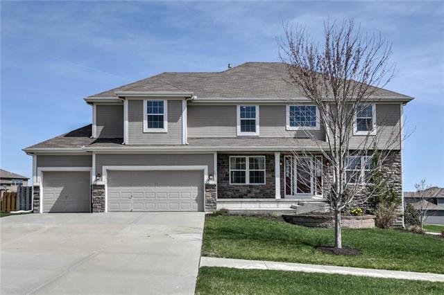 1361 Granite Street, Lansing, KS 66043 (#2154287) :: House of Couse Group