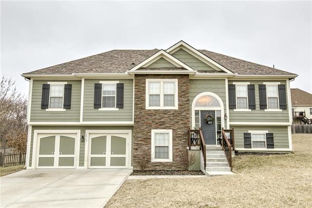 1913 Shannon Court, Liberty, MO 64068 (#2154346) :: Dani Beyer Real Estate