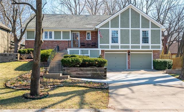 11629 Knox Street, Overland Park, KS 66210 (#2154378) :: House of Couse Group