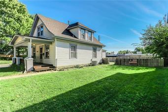 4215 Wiedenmann Place, Kansas City, MO 64111 (#2154392) :: House of Couse Group