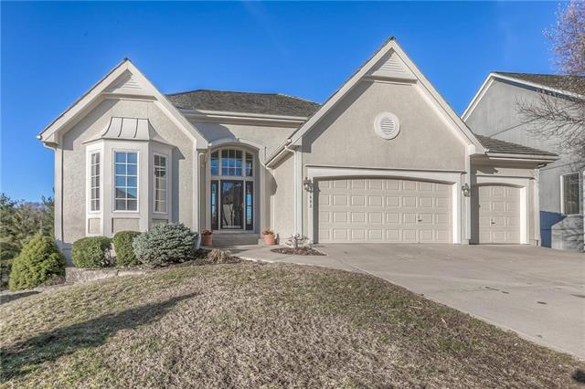 13403 W 74th Street, Shawnee, KS 66216 (#2154424) :: House of Couse Group