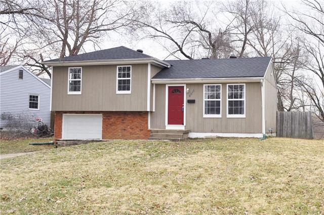 4811 N Sycamore Avenue, Kansas City, MO 64119 (#2154479) :: Edie Waters Network