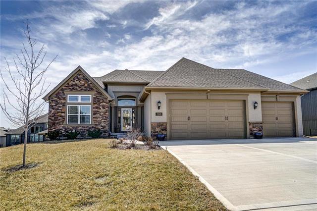 2309 NE 112th Street, Kansas City, MO 64155 (#2154514) :: Dani Beyer Real Estate