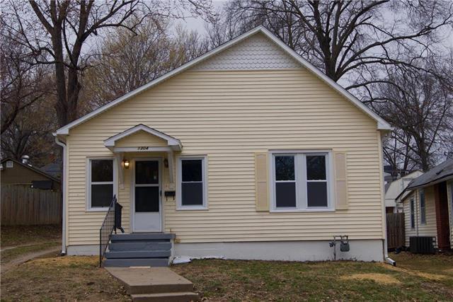 1304 9th Avenue, Leavenworth, KS 66048 (#2154589) :: No Borders Real Estate