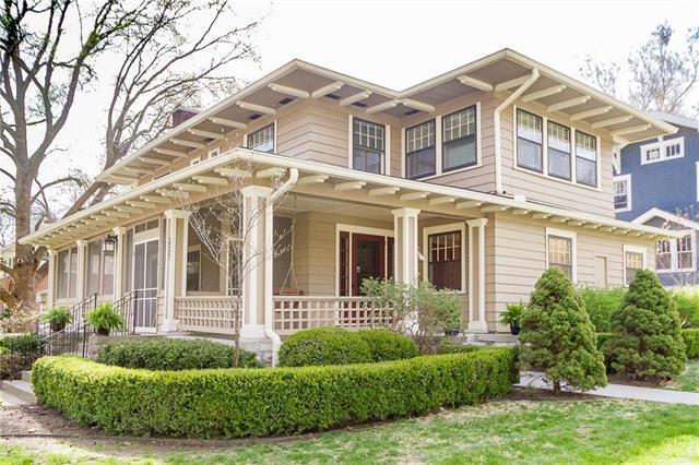 215 Huntington Road, Kansas City, MO 64113 (#2154595) :: No Borders Real Estate