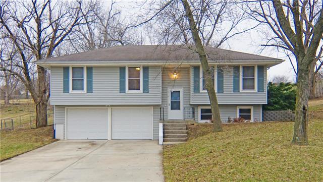 6125 N Baltimore Avenue, Gladstone, MO 64118 (#2154622) :: Dani Beyer Real Estate